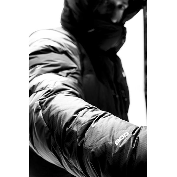THE NORTH FACE L6 JKT- SUMMIT SERIES